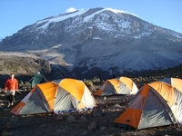 Ascension du Kilimandjaro par la voie Lemosho Galdes, via le sud et le Camp Barafu - MINI-GROUPE